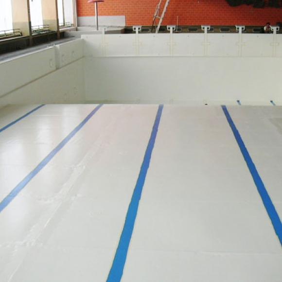 obnova protikorozní ochrany veřejného bazénu v Chebu